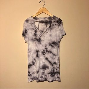 American Eagle Marble Grey and White Top